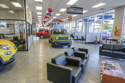LaFontaine Chrysler Dodge Jeep Ram and Fiat of Lansing Image 6
