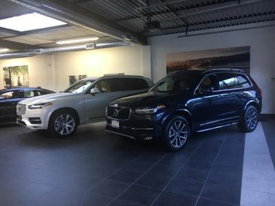 Volvo Cars of Queens Image 8