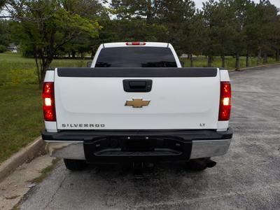 Chevrolet Silverado 2500 2011 for Sale in Shawnee, KS