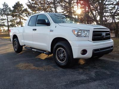 Toyota Tundra 2010 for Sale in Shawnee, KS