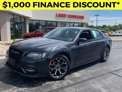 Chrysler 300 2018 for Sale in Carbondale, IL