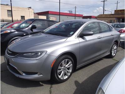 Chrysler 200 2015 for Sale in Stockton, CA