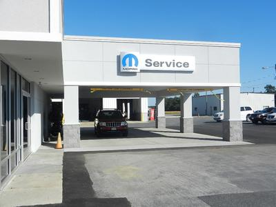 Hertrich Ford Chrysler Dodge Jeep RAM of Pocomoke Image 3