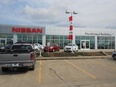 Mike Smith Nissan Image 6
