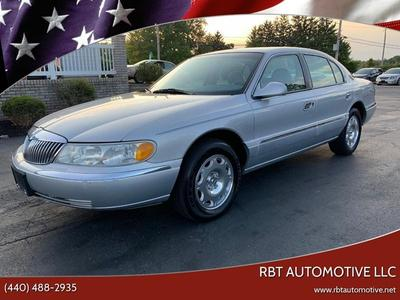 Lincoln Continental 2001 for Sale in Perry, OH