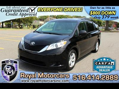 Toyota Sienna 2014 for Sale in Uniondale, NY