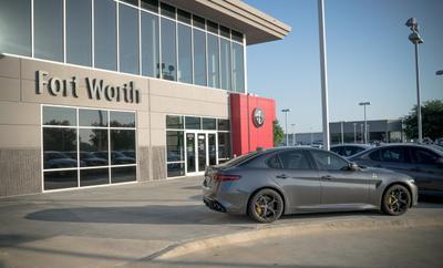 Alfa Romeo of Fort Worth Image 5
