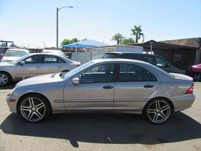 Mercedes-Benz C-Class 2005 for Sale in Phoenix, AZ