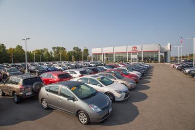 Toyota of Brookfield Image 8