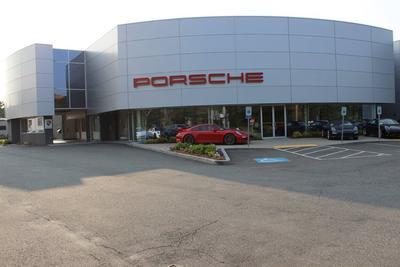Porsche of Burlington Image 1