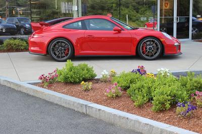 Porsche of Burlington Image 2