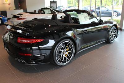 Porsche of Burlington Image 5