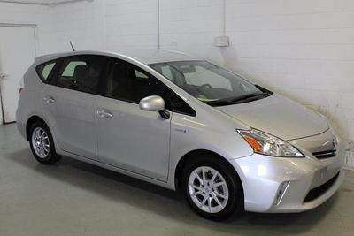 Toyota Prius v 2013 for Sale in Lafayette, IN