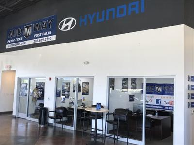 Midway Hyundai Image 2