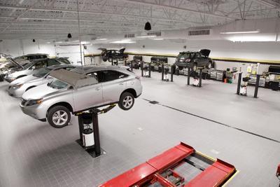 Bobby Rahal Lexus Image 3