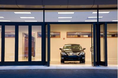 Bobby Rahal Lexus Image 4