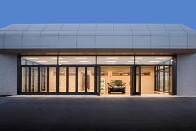 Bobby Rahal Lexus Image 5