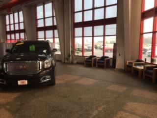 University Auto Center CDJR Image 9