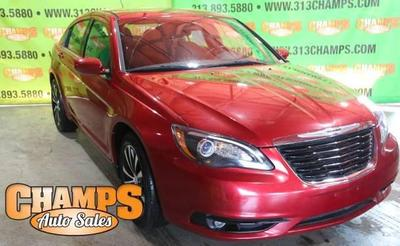 Chrysler 200 2013 for Sale in Highland Park, MI