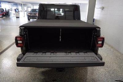 Jeep Gladiator 2021 for Sale in Jeffersonville, IN