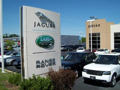 Jaguar Land Rover of Peoria Image 2