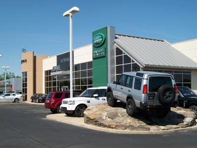 Jaguar Land Rover of Peoria Image 6