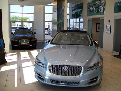 Jaguar Land Rover of Peoria Image 9