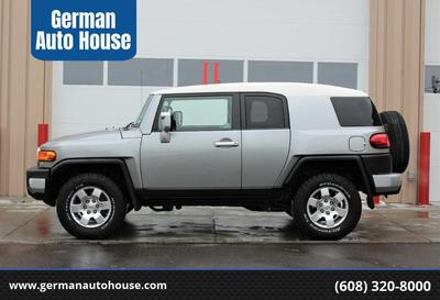 Toyota FJ Cruiser 2010 for Sale in Madison, WI