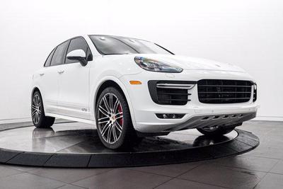 Porsche Cayenne 2016 for Sale in Highland Park, IL