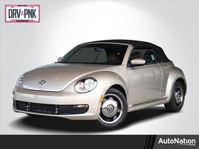 Volkswagen Beetle 2015 for Sale in Irvine, CA