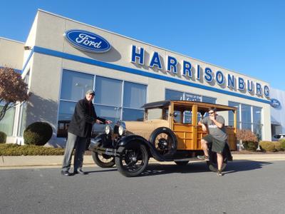 Harrisonburg Ford Image 4