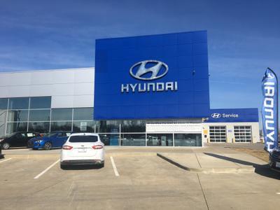 Napleton Hyundai, Genesis of Hazelwood Image 4
