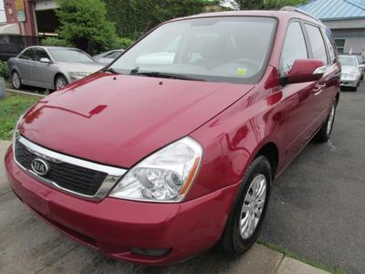 KIA Sedona 2011 for Sale in Lynbrook, NY
