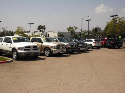 Puente Hills Chrysler Jeep Dodge RAM Image 2