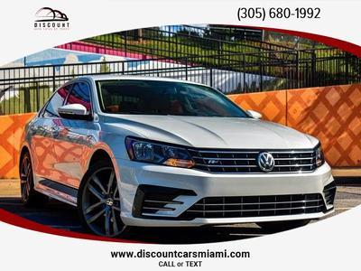 Volkswagen Passat 2017 for Sale in Opa Locka, FL