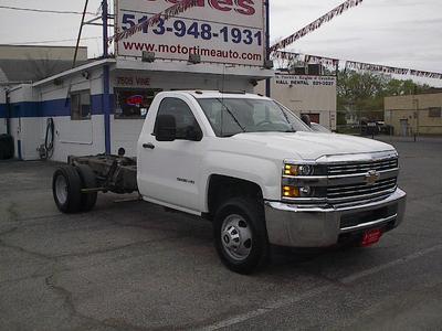 Chevrolet Silverado 3500 2015 for Sale in Cincinnati, OH