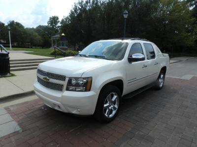 Chevrolet Avalanche 2011 for Sale in Carmel, IN