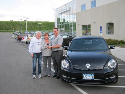 Luther Burnsville Volkswagen Image 3