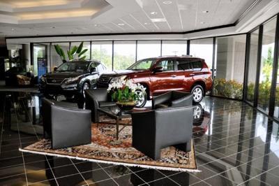 Parker Lexus Image 9