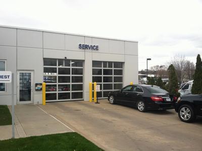 Mercedes-Benz of Des Moines in Urbandale including address ...