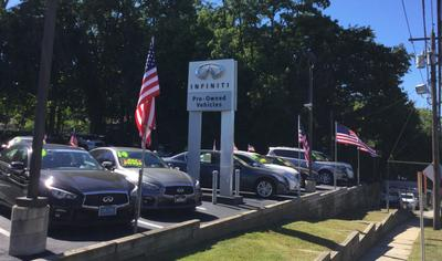 INFINITI of Manhasset Image 4