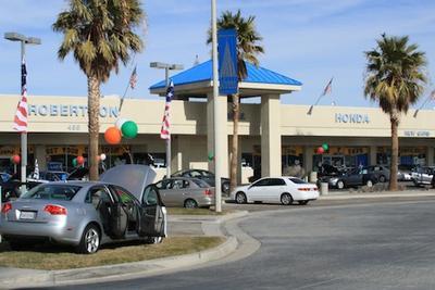 Robertson's Palmdale Honda Image 1