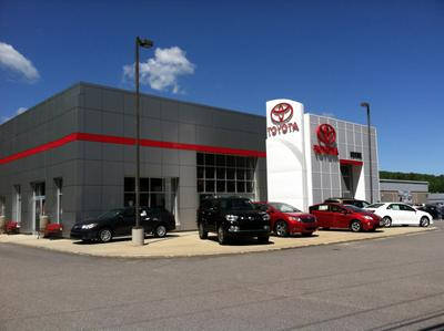 Fenton Family Dealerships Image 3