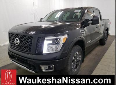 Nissan Titan 2017 for Sale in Waukesha, WI
