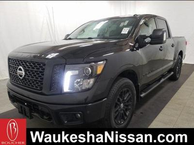 Nissan Titan 2018 a la Venta en Waukesha, WI