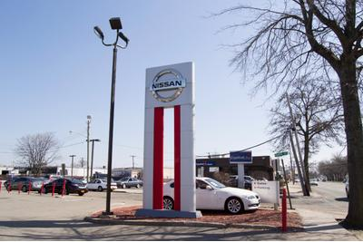 Nissan of Westbury Image 3