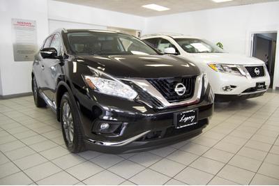 Nissan of Westbury Image 4