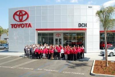DCH Toyota of Oxnard Image 8