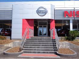 M'Lady Nissan Image 3