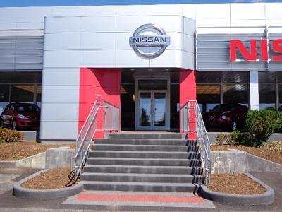 M'Lady Nissan Image 7